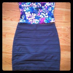 Paige skirt